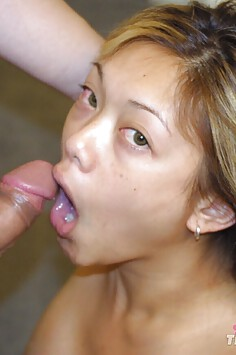California girl gives willing blowjob